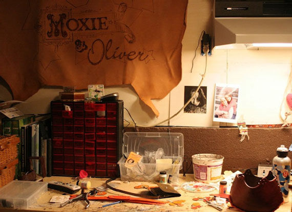 moxie and oliver leather messenger bag